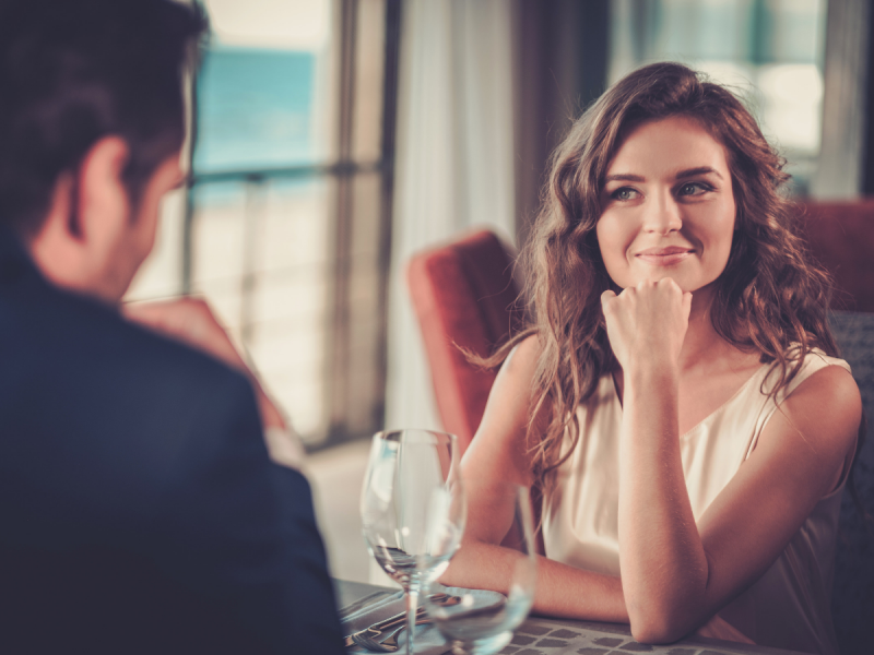 5 lucruri la care trebuie sa fii atenta la primele intalniri