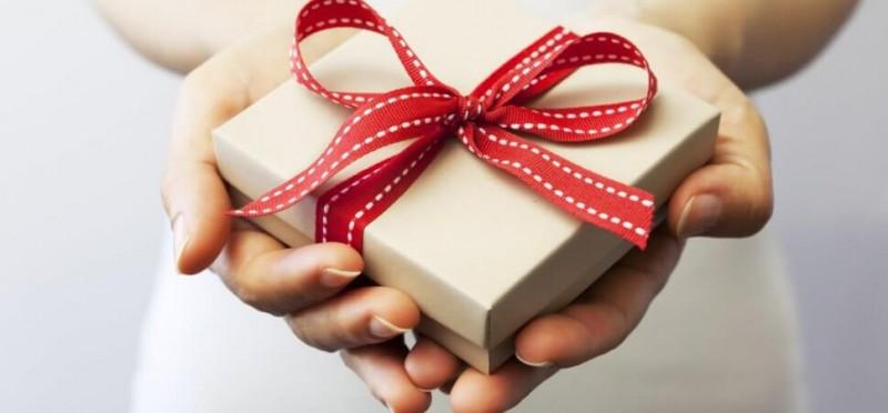 Alegerea cadoului potrivit pentru cei dragi