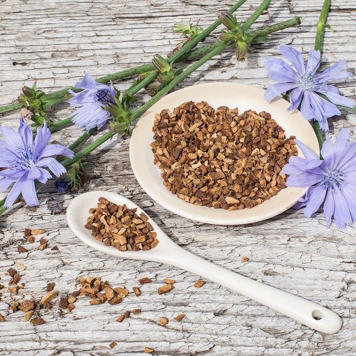 Beneficii pentru sănătate ale rădăcinii de cicoare pe care nu le știați