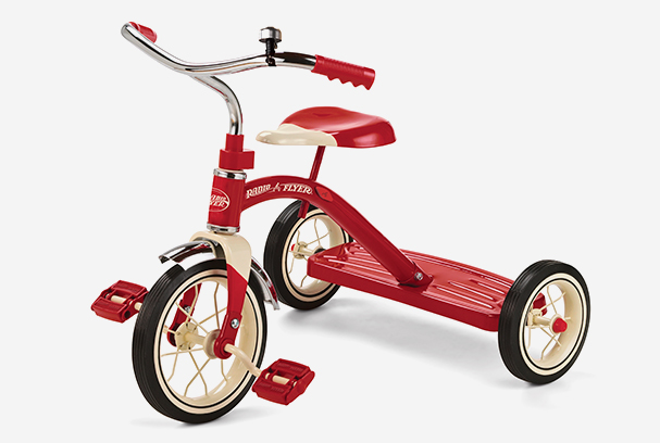 Ce avantaje majore aduce o tricicleta in viata unui copil