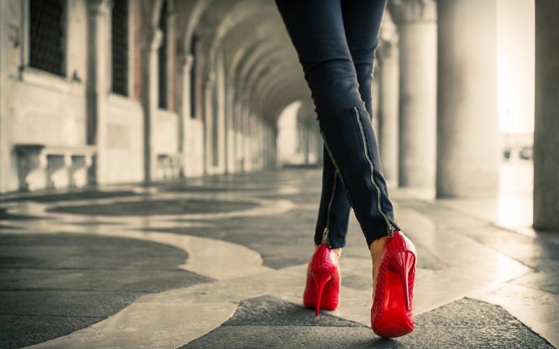 Ce pantofi sunt la moda in acest an