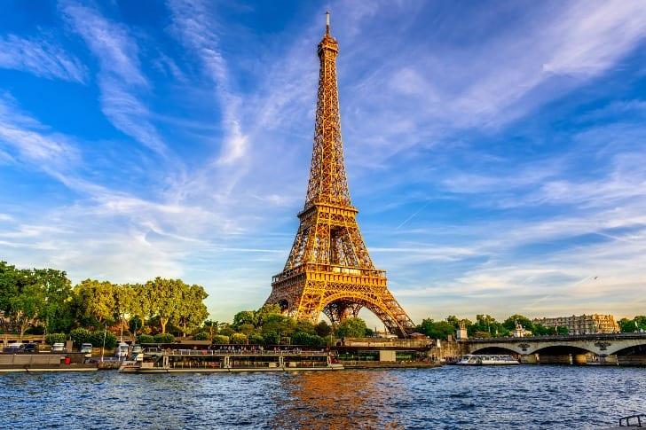 Ce trebuie sa stii despre Turnul Eiffel