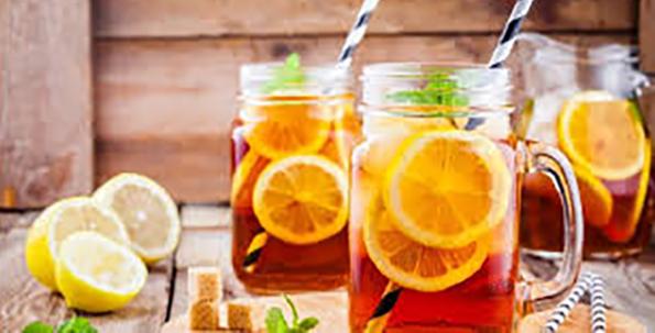 Consumati ceai cu gheata cu aceste arome racoritoare
