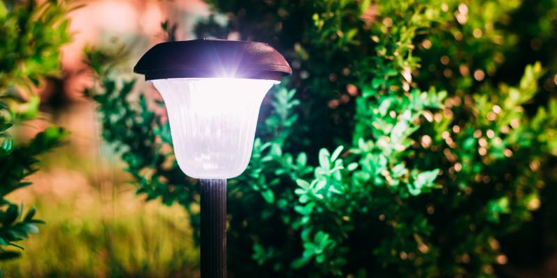 corp de iluminat exterior pentru casa si gradina - felinar exterior