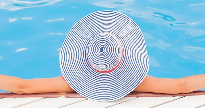 Cum sa eviti arsurile solare pe plaja sau la piscina