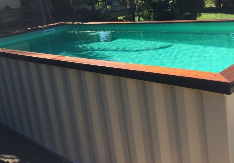 piscina din container
