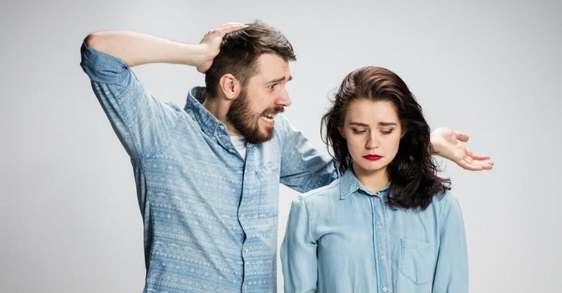 Limbajul agresiv in cuplu