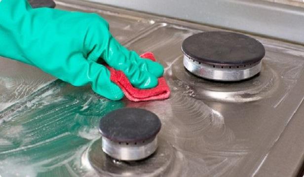 Solutii casnice pentru curatarea aragazului