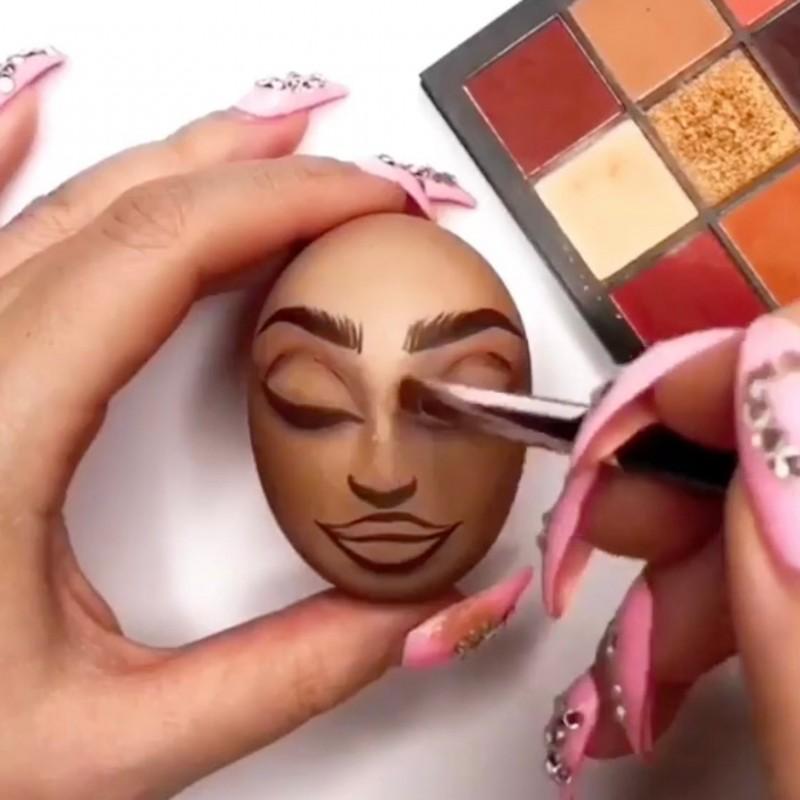 Truse makeup